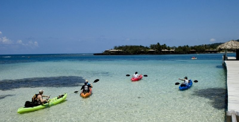 Roatan AKR kayaking